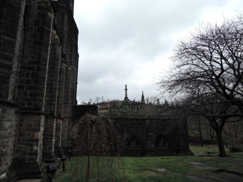 グラスゴー大聖堂裏の墓地