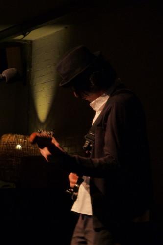 hisato higuchi at cafe oto pic by alan cummings